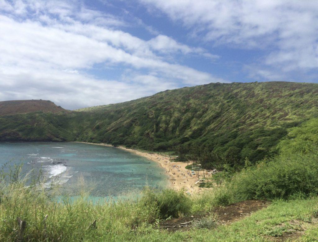 hanauma-bay-nature-preserve-honolulu-hawaii-oahu-eco-tourism