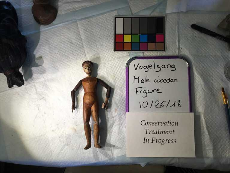 Male Wooden Figure picture number 1