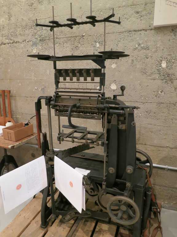 Smyth Improved No. 3 Book Sewing Machine picture number 1