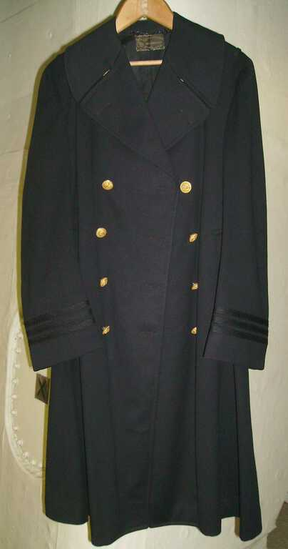 100031 Coat 1