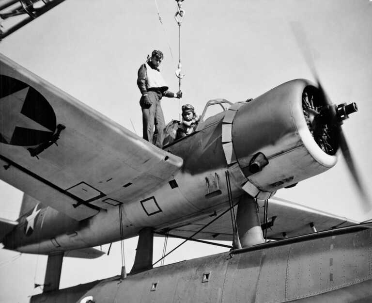 OS2U Vought Kingfisher float planes were on board IOWA from Feb 1943 through Mar 1945 - BuAer 238863. picture number 1