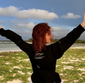 the-green-maya-project-founder-sara-renshaw-in-yoga-pose