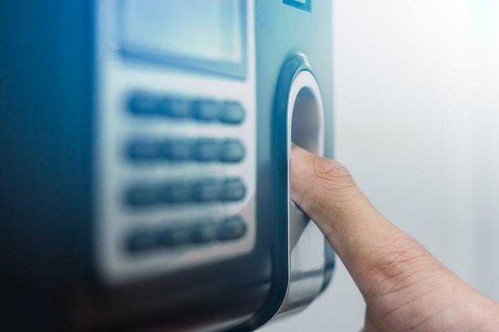 Comprovante de ponto eletrônico: para que serve? Exigências da lei