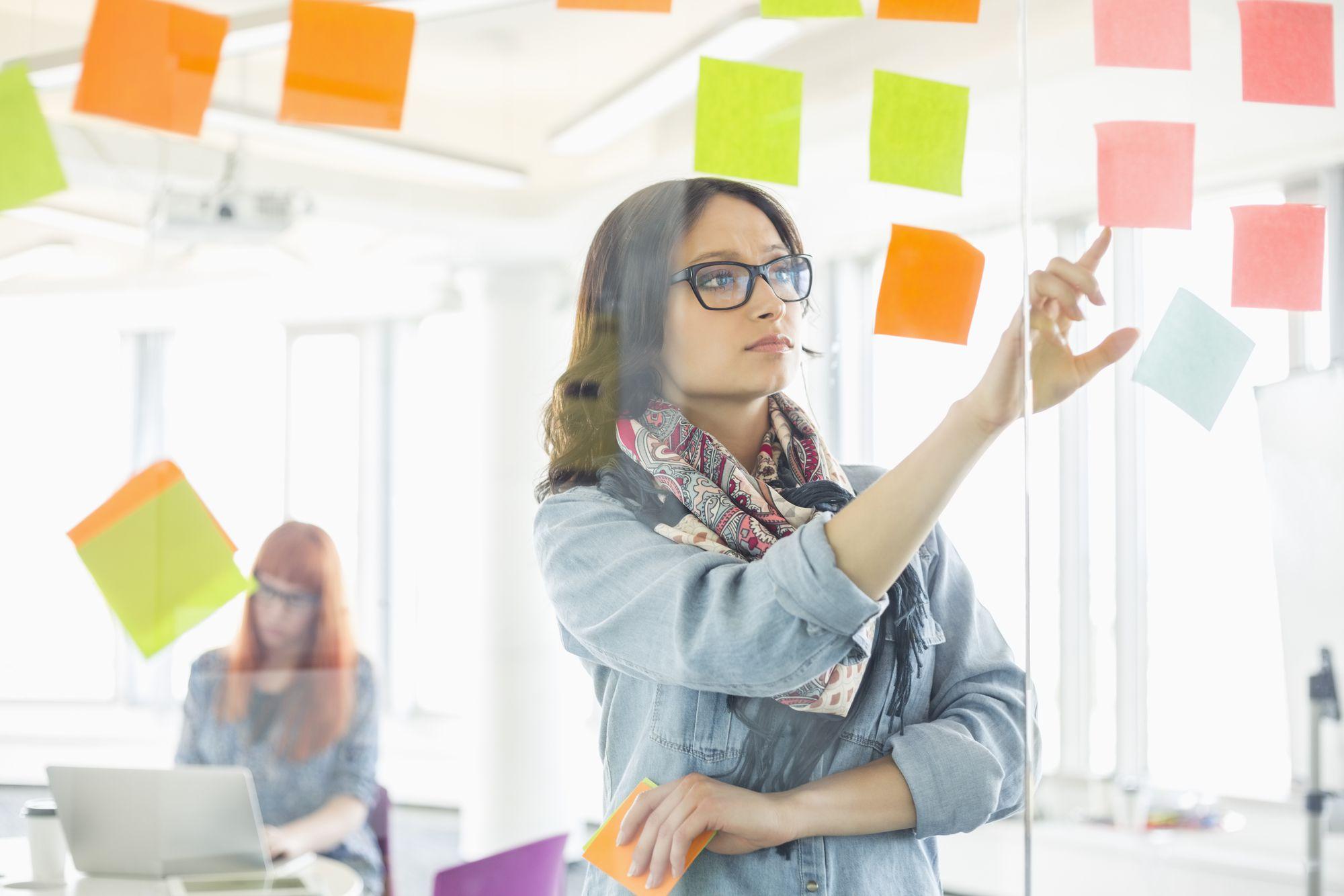 Como fazer um plano de comunicação empresarial perfeito em 8 passos