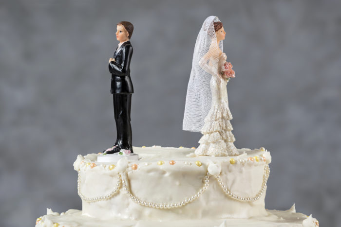 4 Tips to Maintaining Good Credit During a Divorce