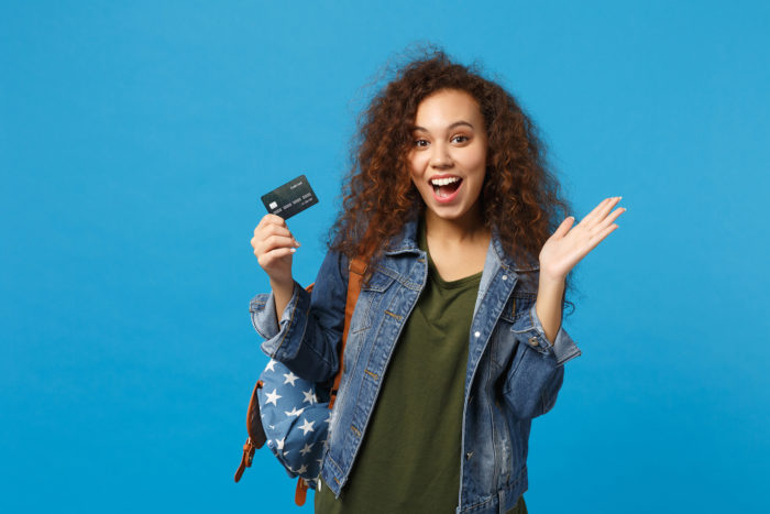 4 Mistakes to Avoid When Getting Your First Credit Card