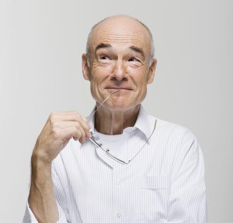 Certain man holding glasses testimonials image