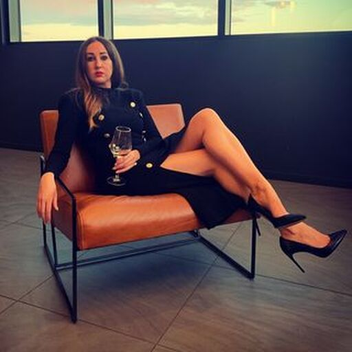 @lauradebarra Profile Picture