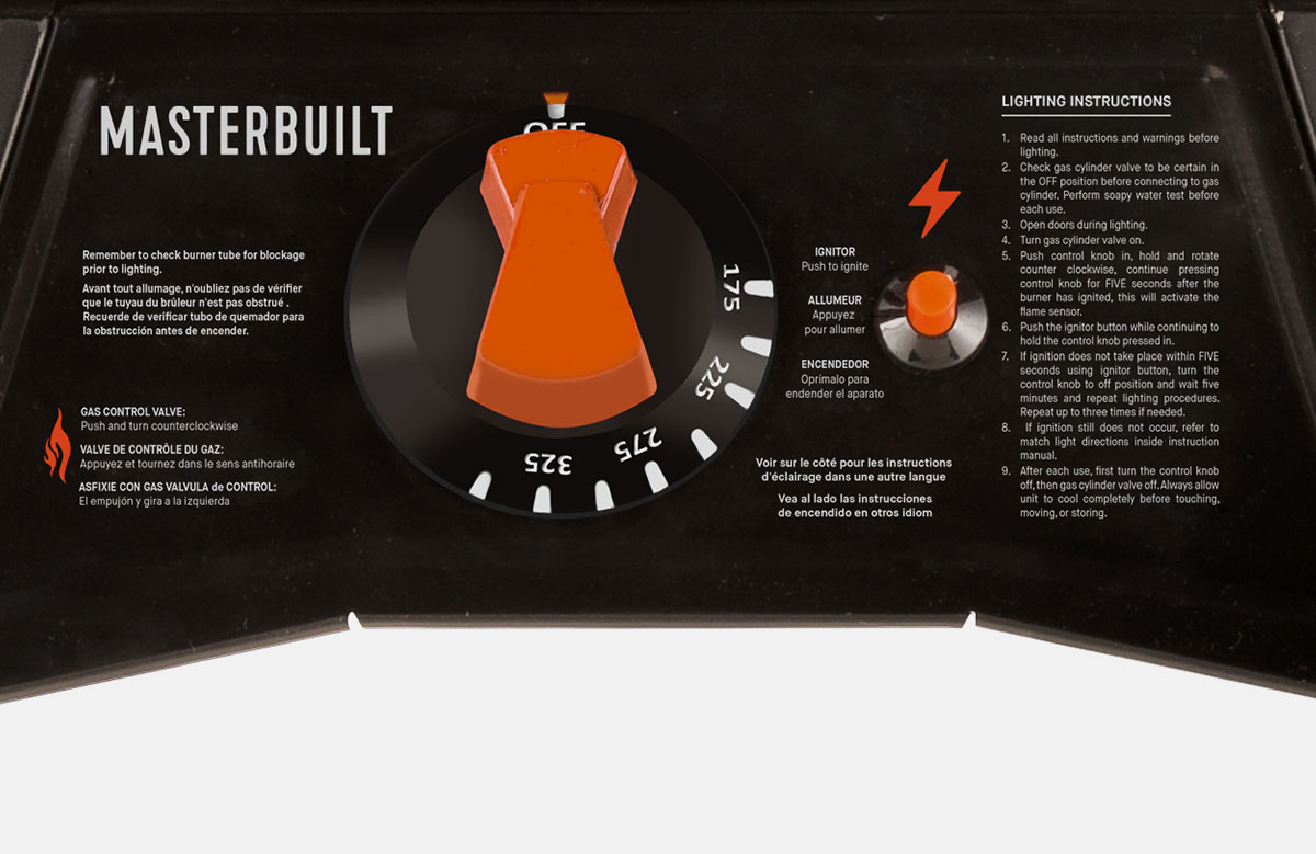 ThermoTemp temperature control dial and igniter button make every smoke easy