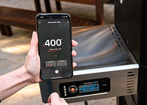 Monitor your cook with your smartphone and the Masterbuilt App