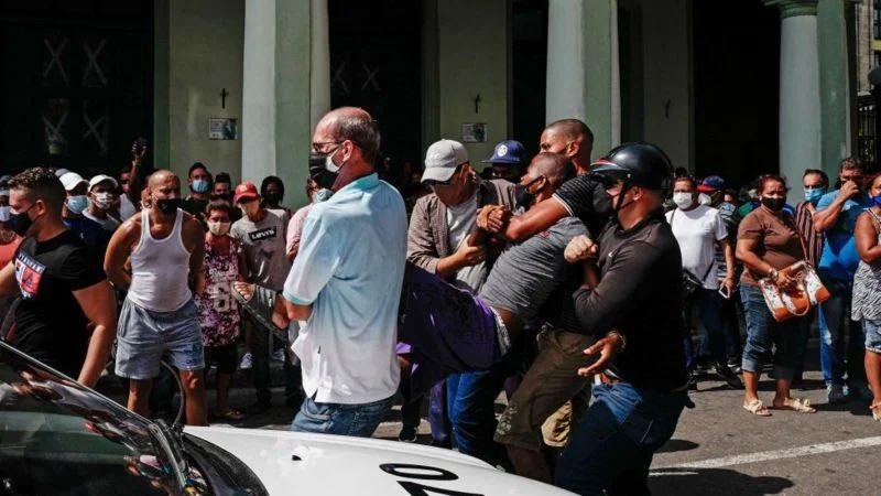 Tag notenemosmiedo en El Foro Militar de Venezuela  Protestas-Cuba