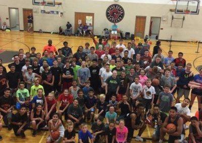 Group photo of the 2017 basketball season