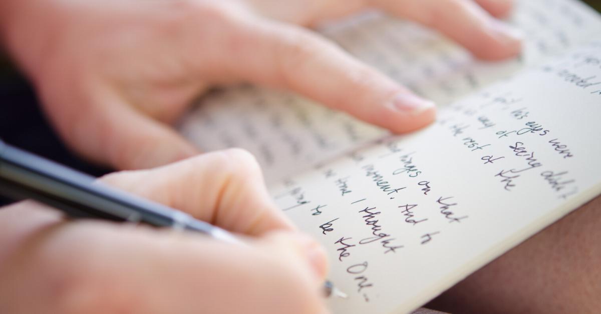 What to Write in a Teacher Appreciation Card?