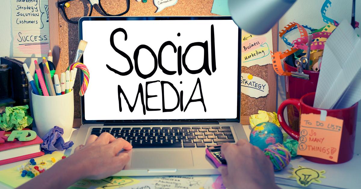 What Teachers Should Not Do On Social Media
