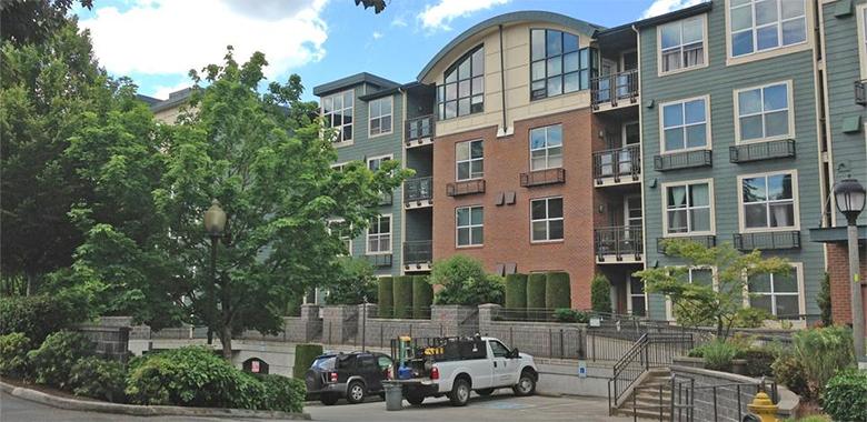 Frazer Court Condominiums - Redmond, Washington