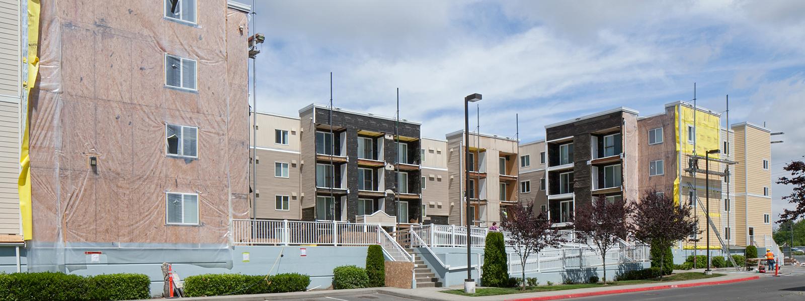 Camelot Apartments - Everett, WA