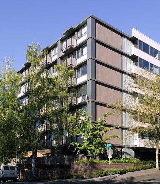 Four Seasons Condominiums - Goose Hollow, Portland, Oregon
