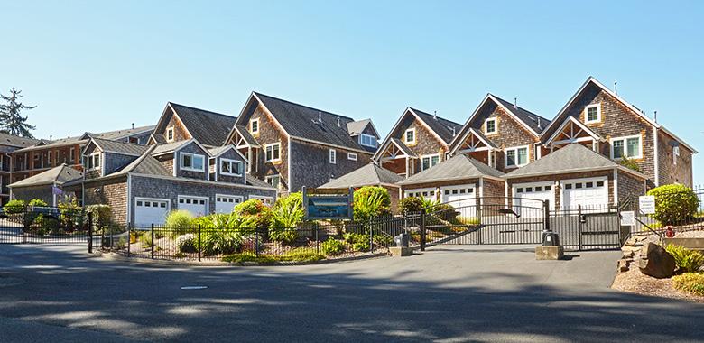 Whalers Point Condominiums - Seaside, Oregon