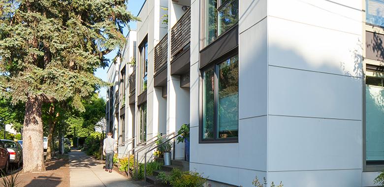 Tanzamook Condominiums - Irvington, Portland, Oregon