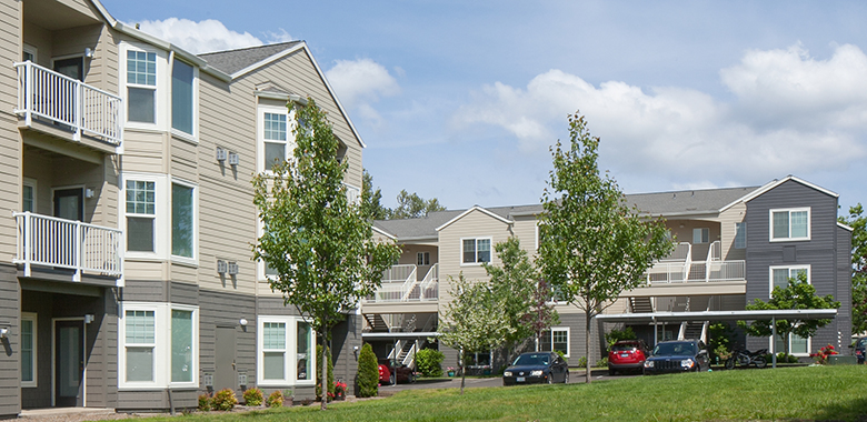Crescent Hill Apartments - Raleigh Hills, Portland, Oregon