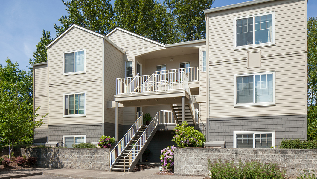 Crescent Hill Apartments - Raleigh Hills, Portland, Oregon