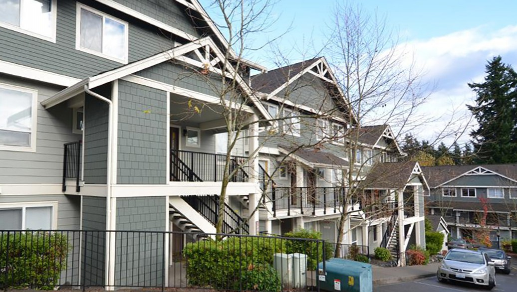 Emily Lane Condominiums - Kenmore, Washington