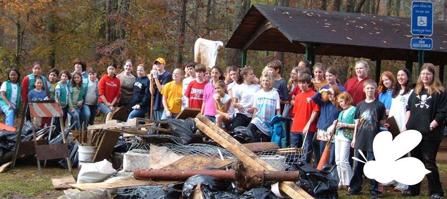 Volunteers cleaning up stream
