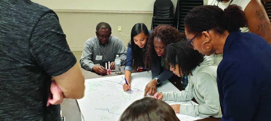Picture of breakout group during Round 1 of public involvement for CobbForward