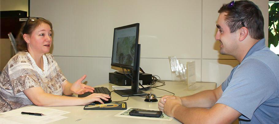 Customer service representative speaking to customer