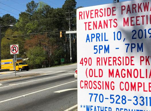 Picture of Tenants Meeting sign on Riverside Parkway