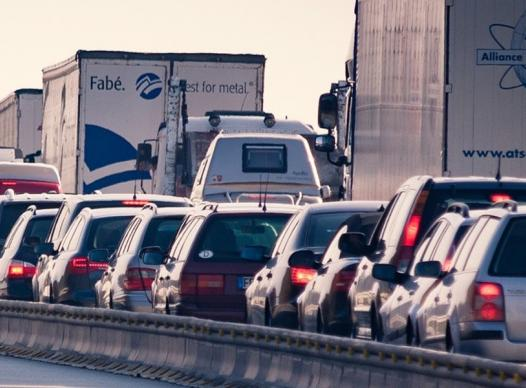 picture of car traffic