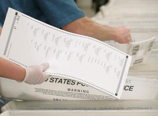 picture of absentee ballots