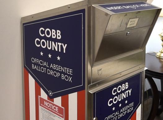 picture of an absentee ballot drop box