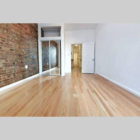40 rivington room