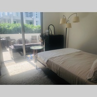 Searching for roommates in Miami