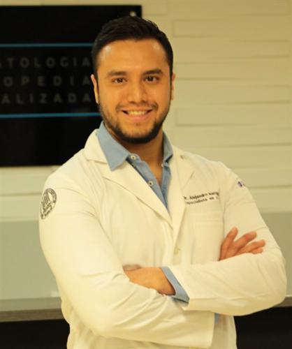 Dr. Alejandro Barragan Morales