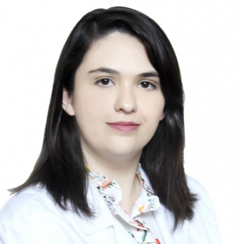 Alejandra Garza Flores