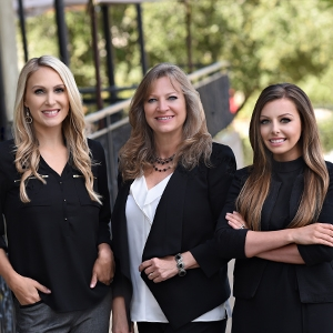 The Menser Real Estate Group -Stephani Menser Realtor