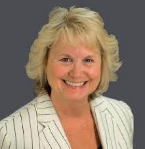 Maureen Nichols Realtor
