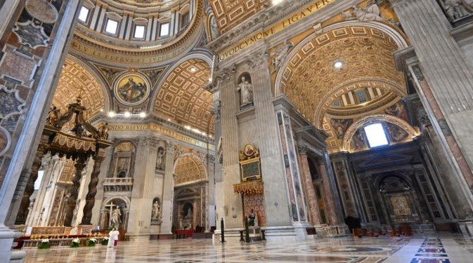 popefranciseastersunday2020 Vatican City, Apr 12, 2020 / 05:40 am (CNA).- Here is the full text of Pope Francis' Urbi et Orbi message, delivered April 12 at the Basilica of St. Peter.