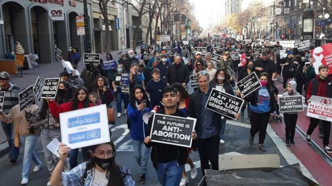 walkforlife2021 Denver Newsroom, Jan 27, 2021 / 03:25 pm (CNA).- Despite pandemic restrictions, thousands of pro-life advocates showed their support at the Walk for Life West Coast in San Francisco on Saturday.