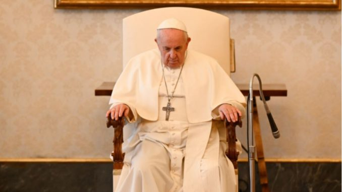 """Pope Francis March 31 2021 Vatican City, Mar 31, 2021 / 05:00 am (CNA).- In the contemplation of Christ's Passion during Holy Week, Pope Francis said he is thinking also of the innocent victims of war, everyday violence, and abortion who are """"crucified in our time."""""""
