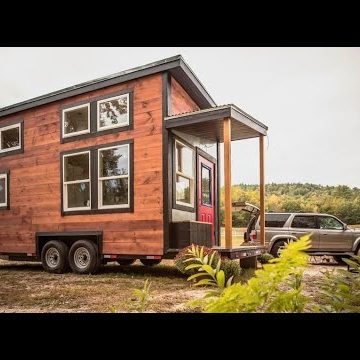 Cleverly-Built Tiny House That's For Sale