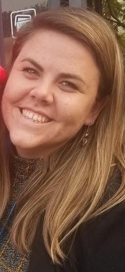 Sarah Yeager, headshot