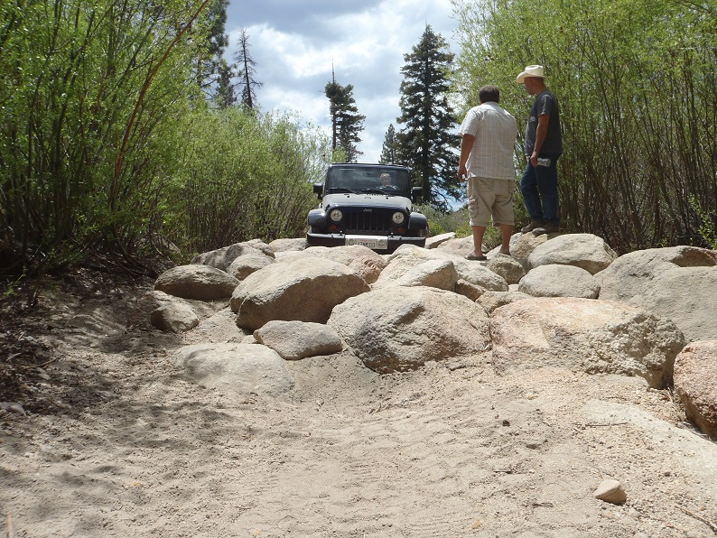 3N93 - Holcomb Creek Trail - Waypoint 8: East Rock Garden