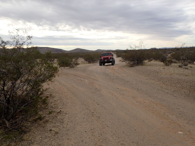 Mojave Road - Waypoint 23: Straight