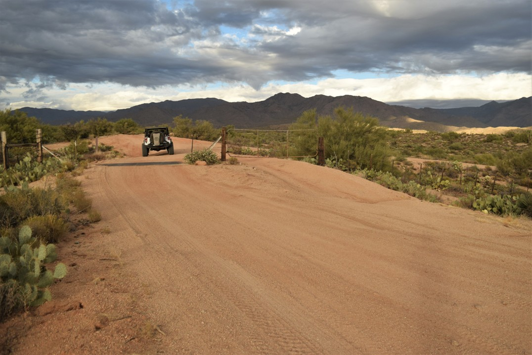 Rolls OHV FR 1343 Arizona - Waypoint 2: Straight Over Cattle Guard
