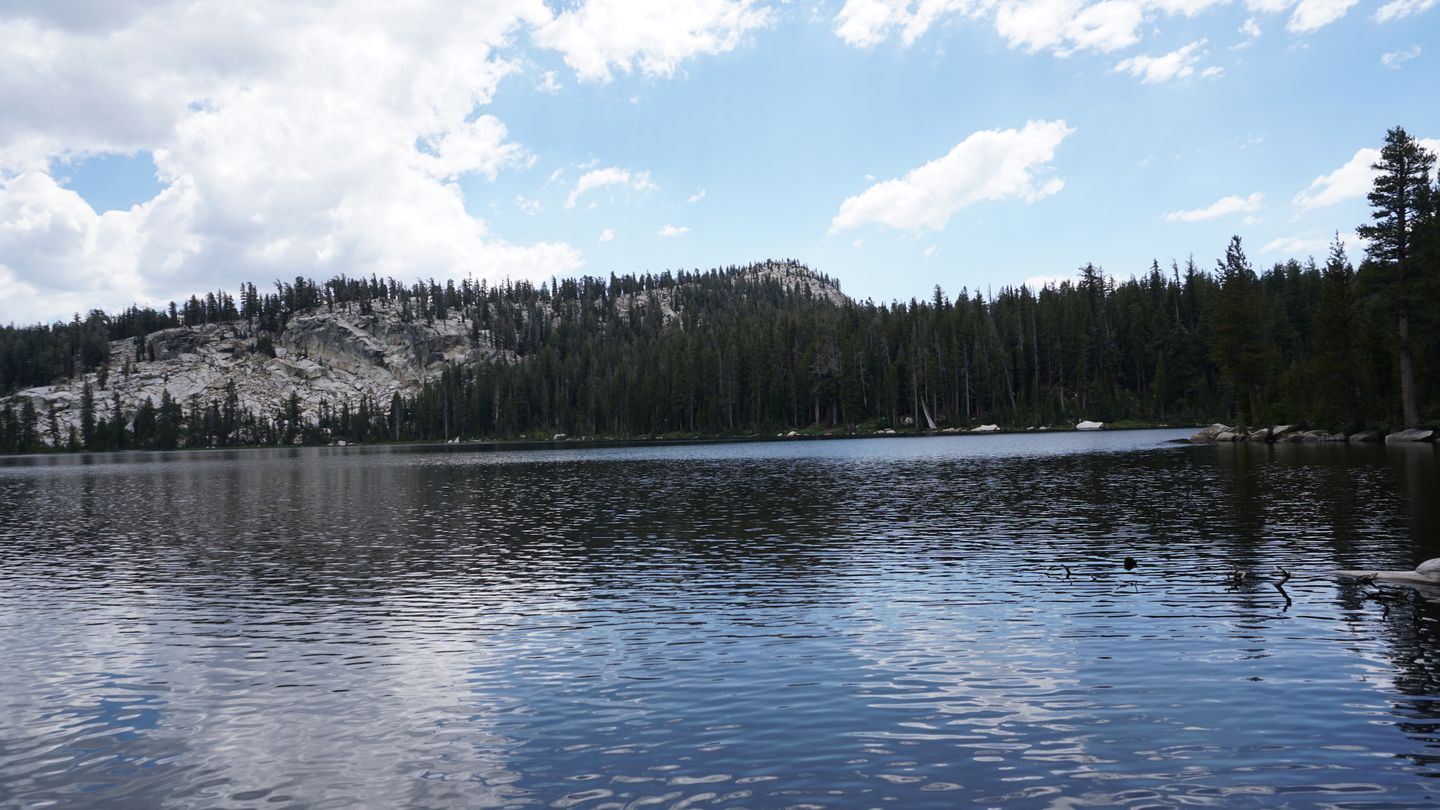 26E213 - Coyote Lake Trail - Waypoint 9: Lake / Camping