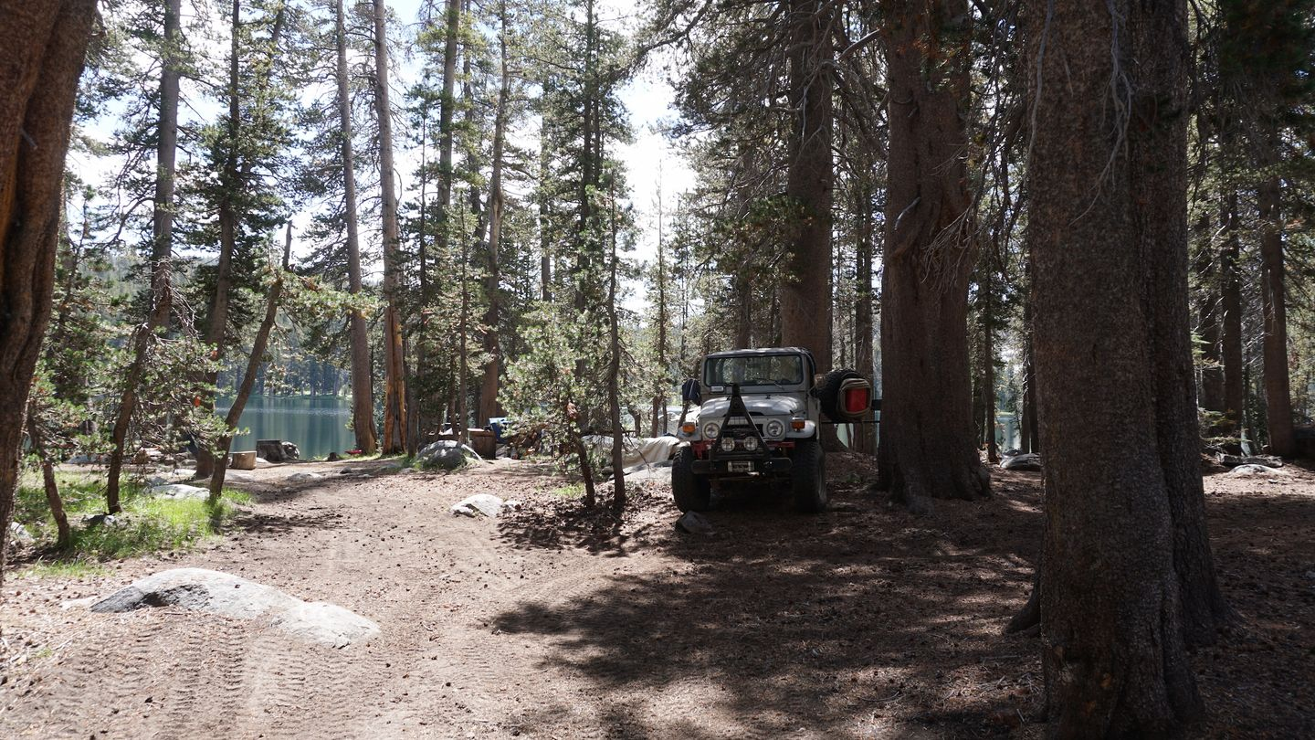 26E213 - Coyote Lake Trail - Waypoint 11: Best Camping