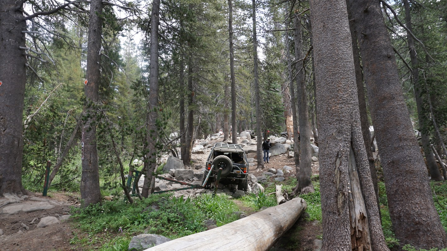 26E212 - Red Lake Trail - Waypoint 1: Sand Flats / Red Lake Trailhead